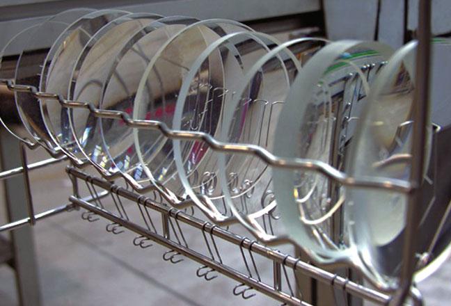 Optique - exemple de pièces nettoyées par un process FISA®
