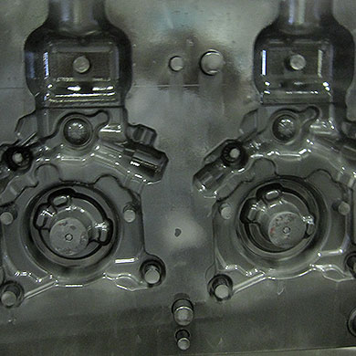 Aluminum foundry: Crankcase (after cleaning)