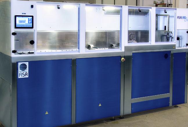 FISALABS One–Waschen und Beschichten von optischem Glas