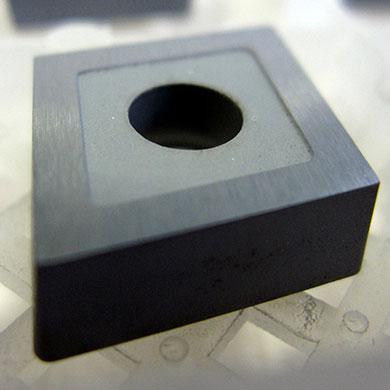 Mechanika - płytka z węglika wolframu (po czyszczeniu)