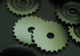 Watchmaking & jewelry: cleaning parts for mechanical watch manufacturers